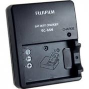 Fujifilm BC-65 akkutöltő
