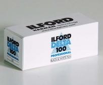 Ilford film fekete/fehér Delta 100/120