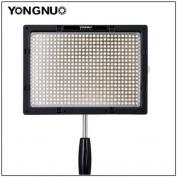 Yongnuo YN-600S LED lámpa+ hálózati adapter